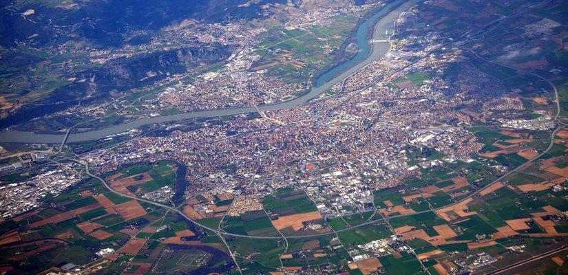 vue aérienne de la ville de Valence dans la Drôme
